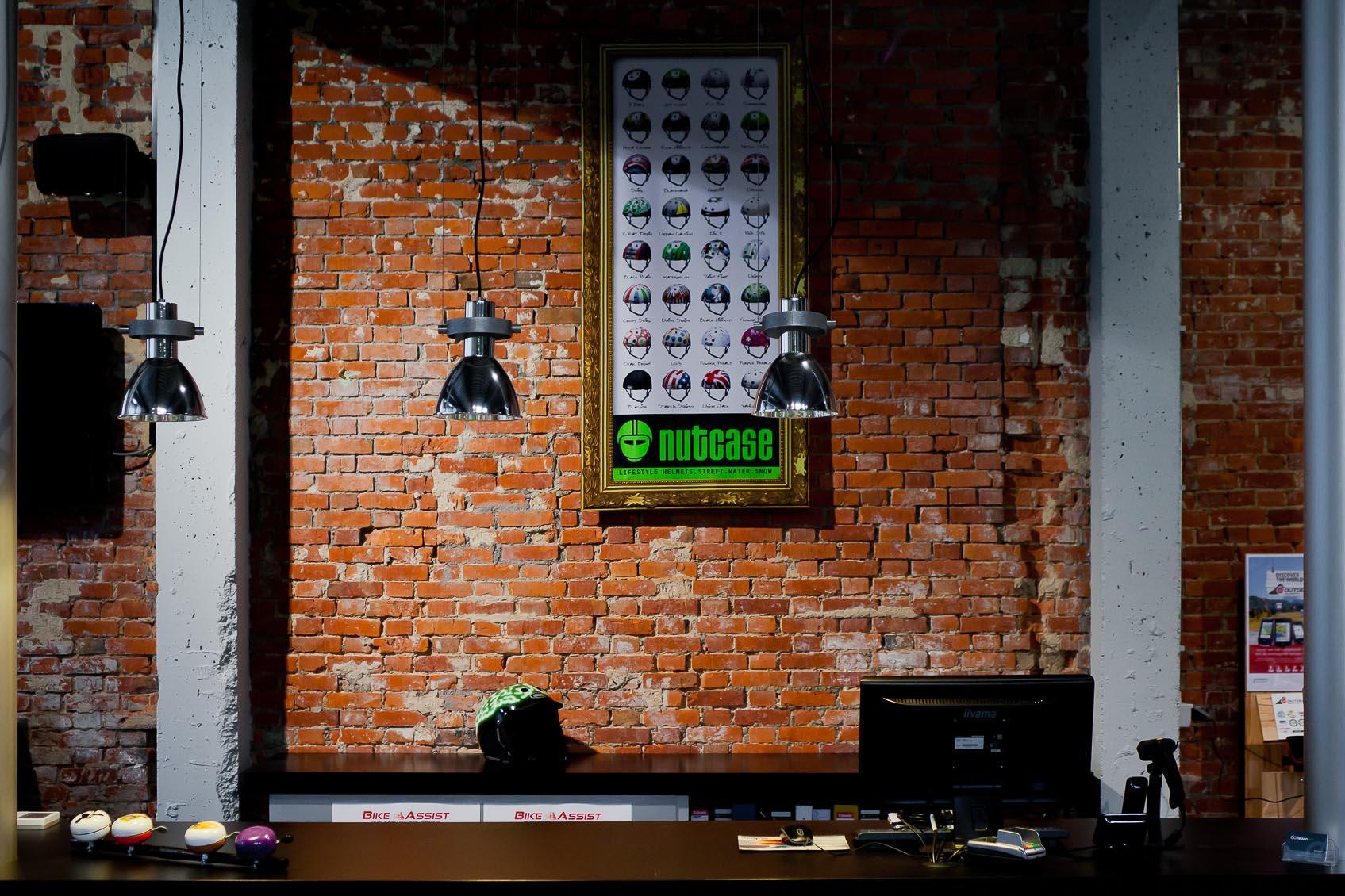 Balie verlichting voor fietsenwinkel te turnhout, hanglamp van modular