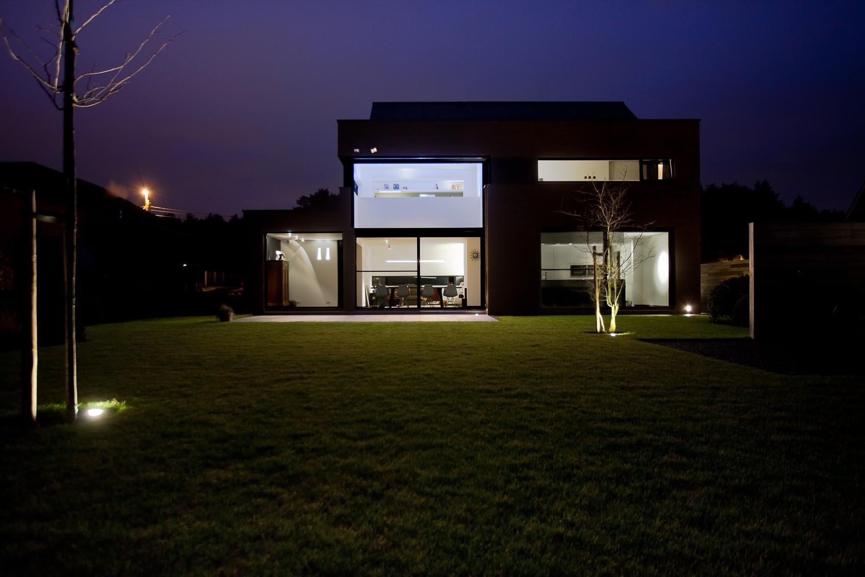 lichtadvies voor tuin en exterieur is absolute meerwaarde en verlengede aan architectuur en interieur