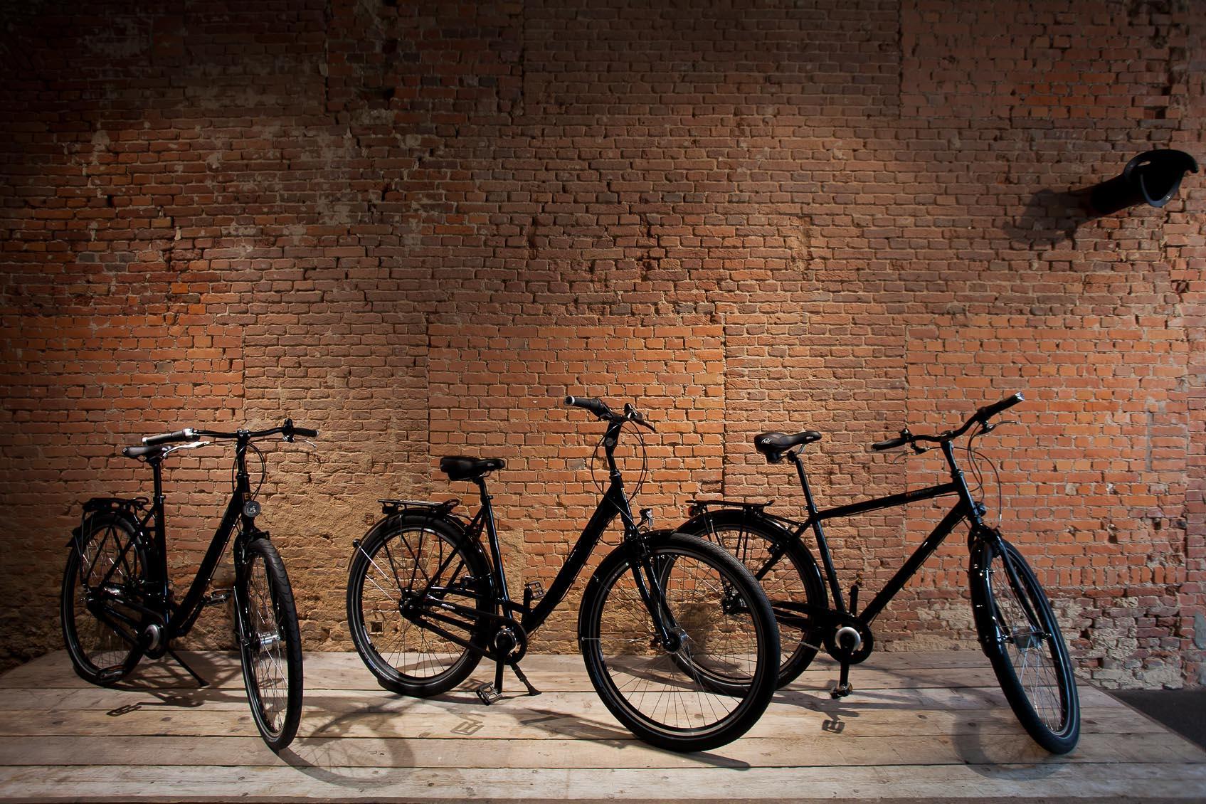 Verlichting geeft karakter aan bestaand pand verbouwing tot fietsen winkel