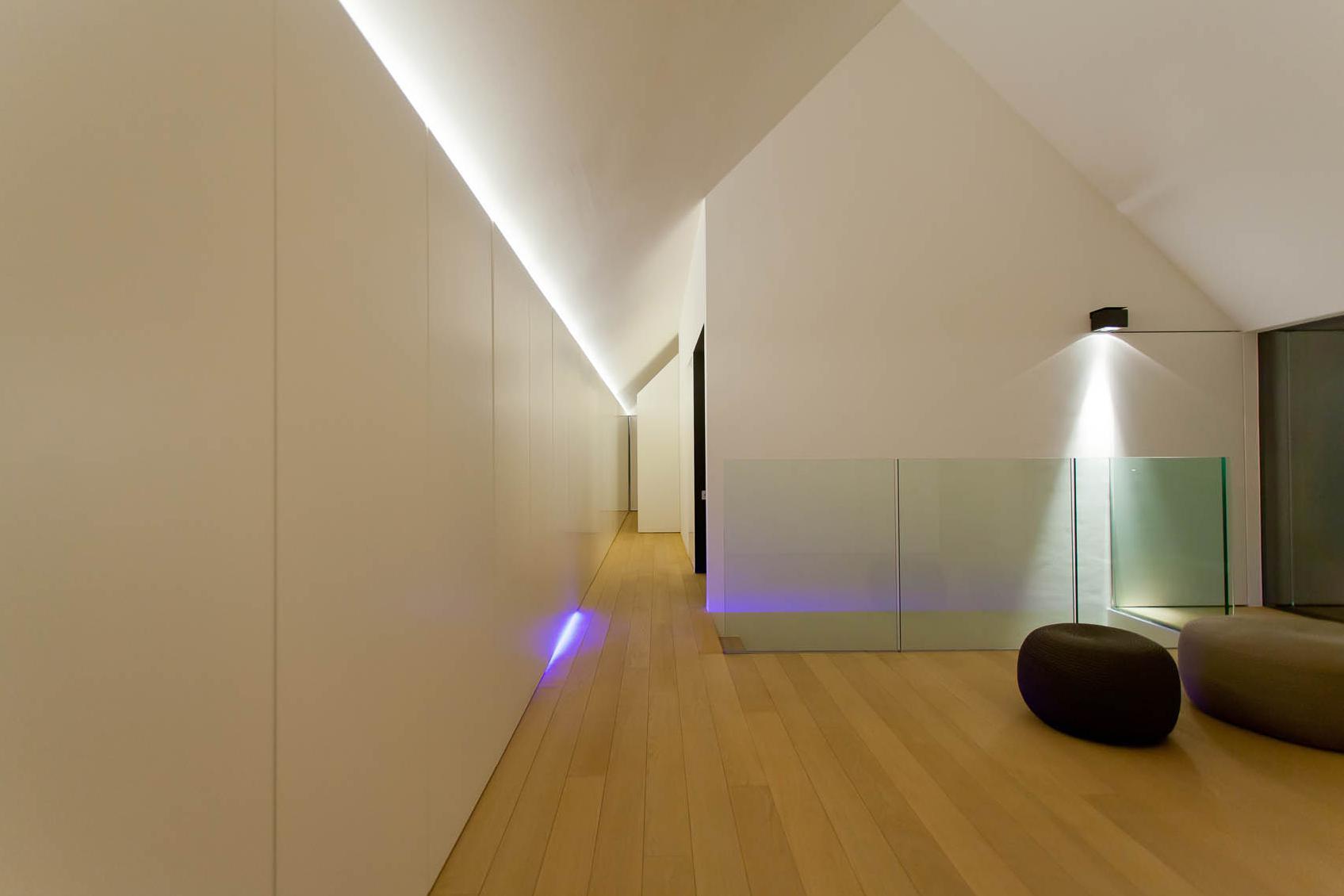 Lichtoplossingen voor dressing en traphal