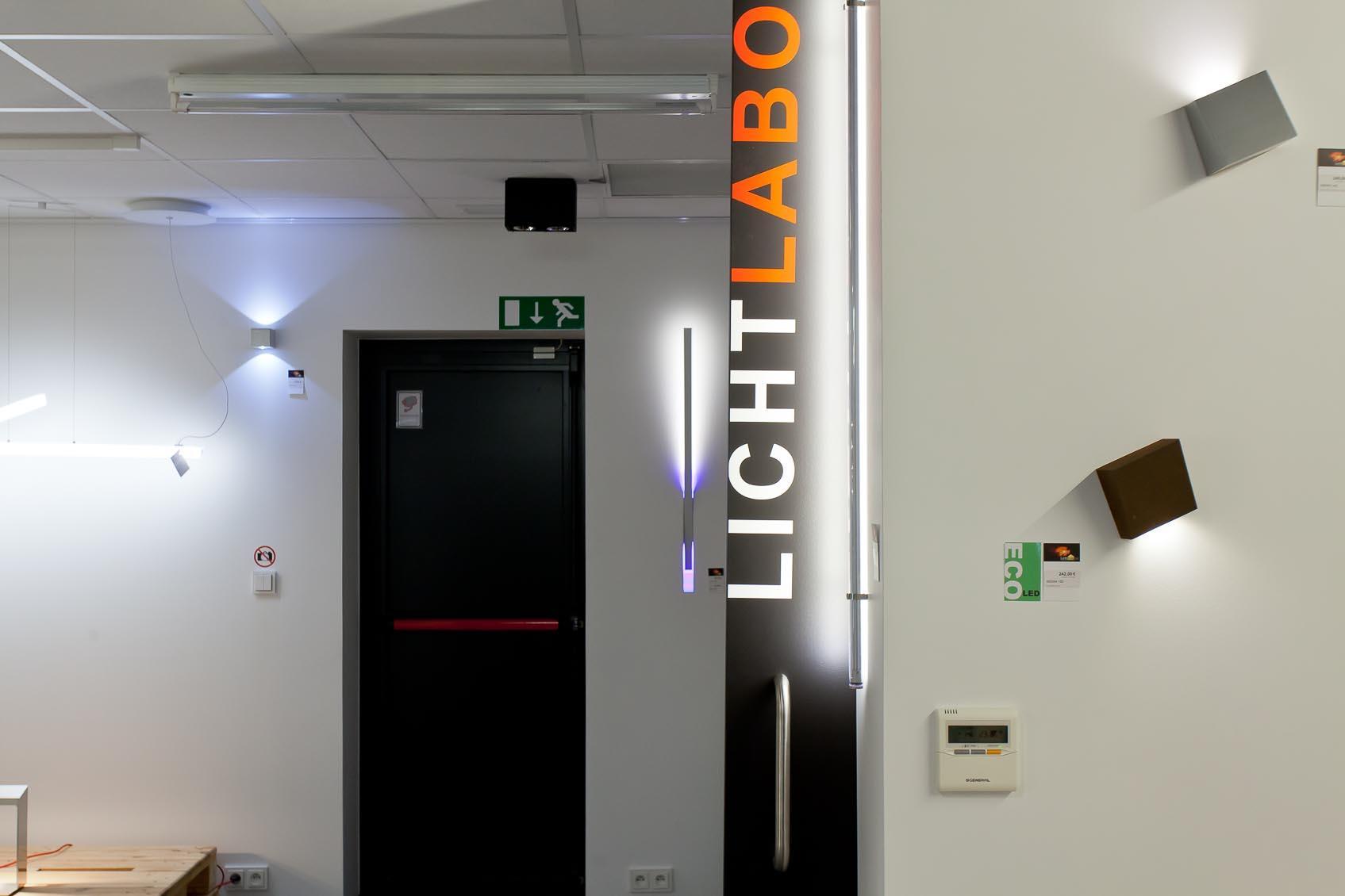 Onze lichtadviseurs demonstreren u de nieuwste lichttechnieken