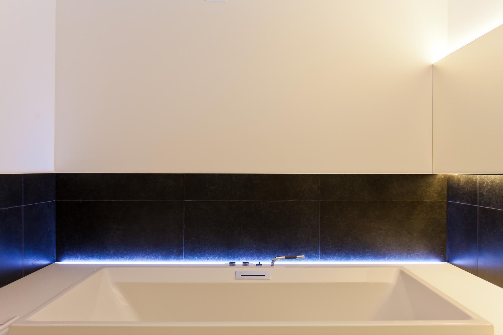 toepassing spatwaterdichte led strip c2 inbouw uit de collectie viabizzuno